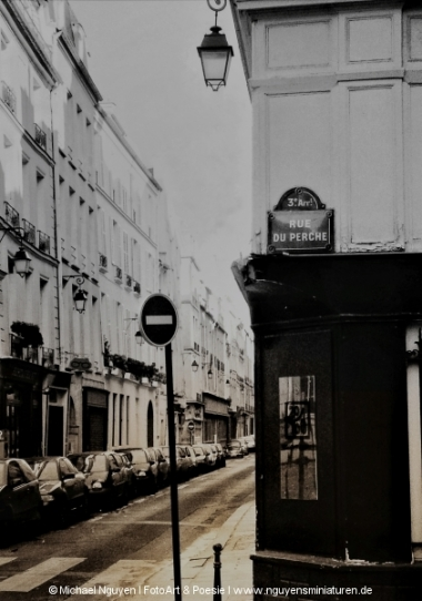Paris: Rue du Perche